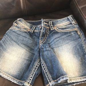 Juniors silver brand shorts